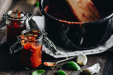 Homemade tomato pizza sauce and igredients of pizza sauce