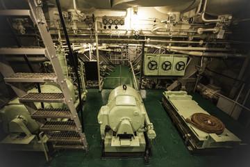 Maschinenraum eines Schiffes
