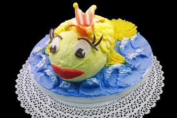Cream cake in the shape of goldfish