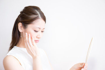 女性・スキンケア・悩み(日本人・アジア人) Fototapete