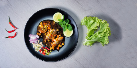 Thai Food - Spicy Canned Sardine Salad (Yum Pla Ka-Pong)