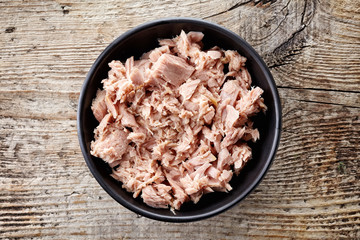 Bowl of canned tuna, from above