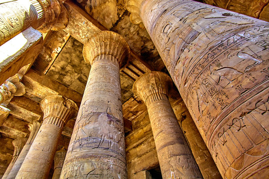ancient egyptian architecture ruins. olumns of the Temple of Horus at Edfu, in Egypt