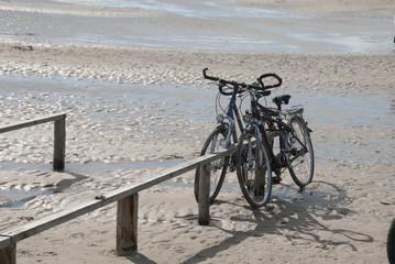 Fahrradparkplatz am Strand