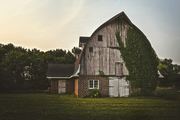 Country Barn - Front
