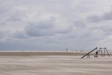 Nestschaukel am Strand