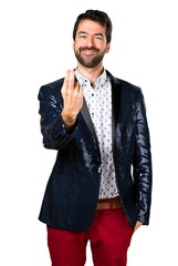 Man with jacket coming gesture