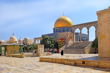 territory of the complex on the Temple Mount, the place of conflict between Israel and the Palestinian Authority, Old City of Jerusalem, Israel