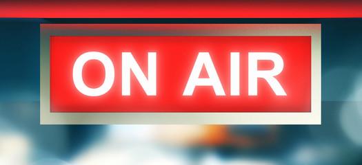 Scritta on air in sala registrazione, radio