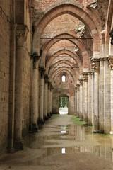 Kathedralen Gang ohne Dach