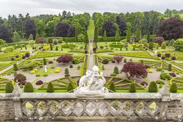 Drummond castle's park