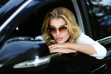 modern lady driver