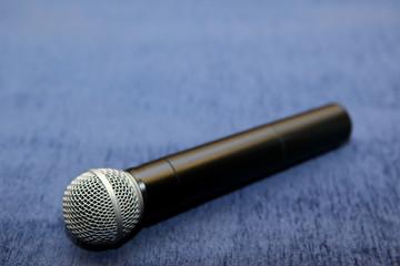 Microphone,