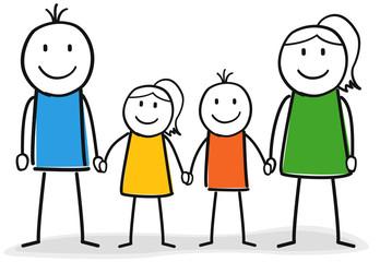 Glückliche Familie mit zwei Kindern