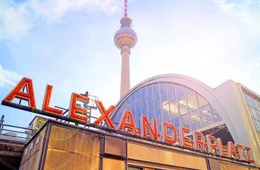 Photo sur cadre textile Berlin Bahnhof Berlin Alexanderplatz