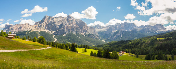 Keuken foto achterwand Heuvel Meadows at high altitudes forming gentle hills. Dolomites, Alta Badia, Sud Tirol, Italy