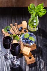 vine and food