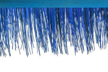 rebord de toit en paille synthétique bleue, fond blanc