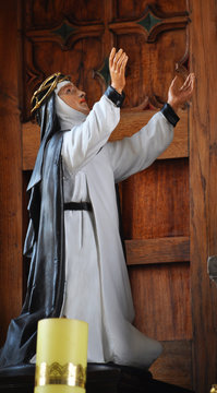 In the town of Chortkiv in the attic of St. Stanislaus's Church, the monks found an ancient statue of the patron saint of Europe, Saint Catherine Siena