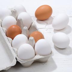 Eier Schachtel Eierschachtel Ei quadratisch Holzbrett Essen