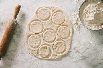 Preparing English muffins