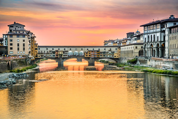 Fototapete - Florence, Tuscany, Italy - Ponte Vecchio and Arno River