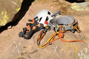 Kletterausrüstung Für Draußen : Testberichte zu petzl kletterausrüstung und zubehör