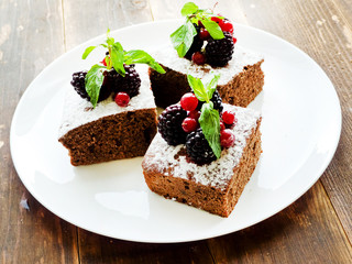 Brownie with berries