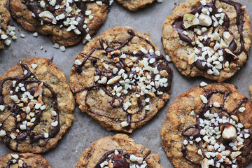 healthy oatmeal glutenfree cookies with chocolate