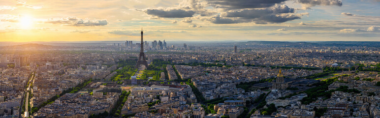 Photo sur Toile Paris Skyline of Paris with Eiffel Tower in Paris, France