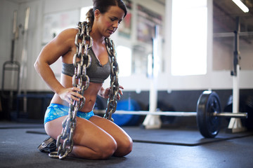 Heavy Chain Push Ups