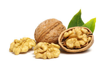 Papiers peints Graine, aromate Walnuts with leaves