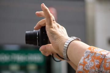 観光客 写真撮影