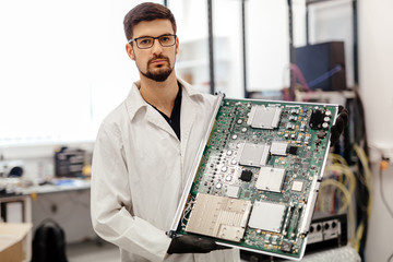 Hardware components professional service