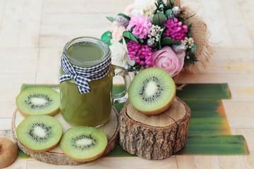 Kiwi juice and fresh kiwi slice is delicious