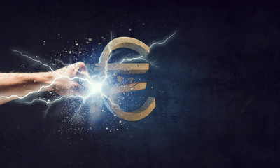 Euro currency fall