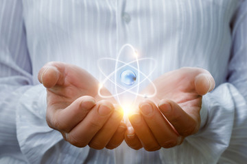 Atom in the hands .