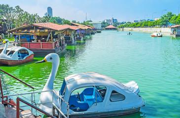 Swan catamaran in Pettah Floating Market, Colombo