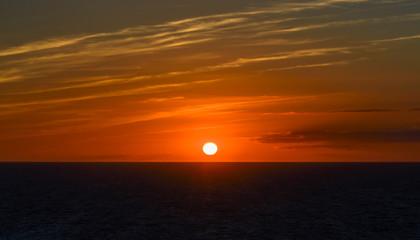 Fotoväggar - Sonnenuntergang am Meer