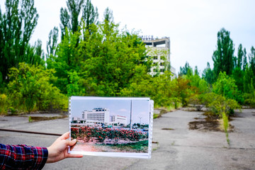 Shocking comparison of Pripyat before and after 30 years from the tragedy in Chernobyl with picture