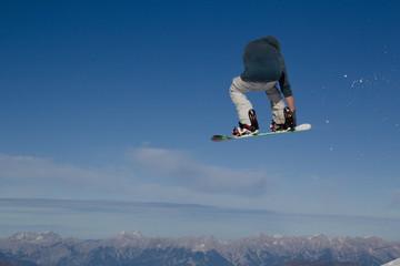 Kitzsteinhorn Funpark Snowboarder gets airborne