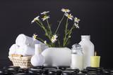 white vase towel 2560x1440 - photo #19