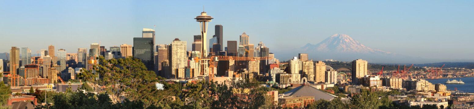 Seattle skyline panorama