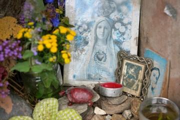 Altar mit Maria Bildnis