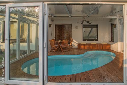 Wintergarten Pool pool im wintergarten stockfotos und lizenzfreie bilder auf fotolia
