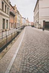 Straße in Lutherstadt Wittenberg mit Blick zur Stadtkirche