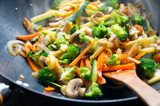Wok stir fry with vegetables