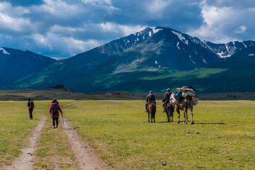 Wanderer im Altai Gebirge Mongolei