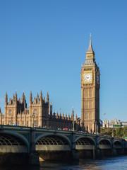 Fond de hotte en verre imprimé Londres bus rouge Big Ben and Westminster bridge in London, United Kingdom