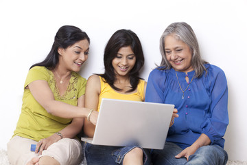 Multi generation family shopping online